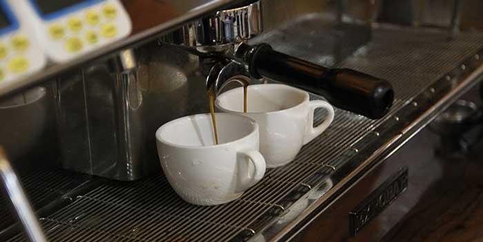 Come pulire la macchina espresso caffè