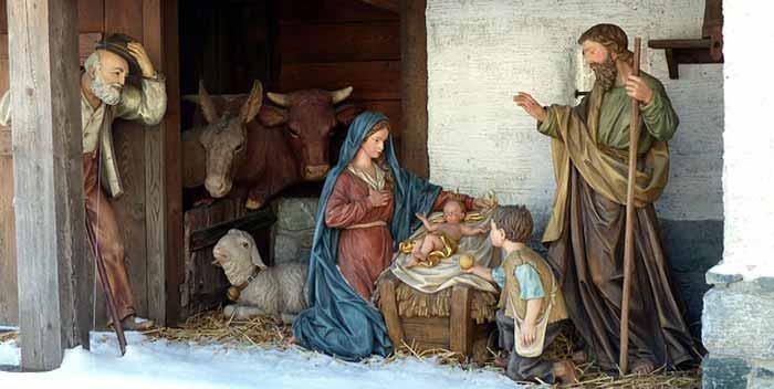 Costruire i pastori per il presepe
