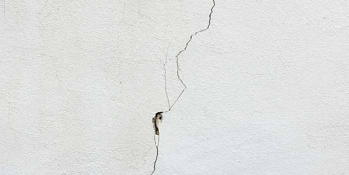 Riparare un muro di siporex